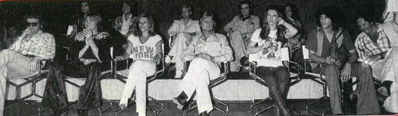 23 juin 1976 : On voit sur la scène les chanteurs qu'on aime