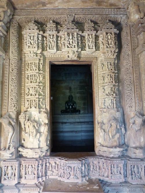 les temples de Khajuraho; l'intérieur
