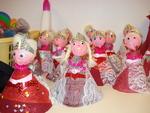 Petites poupées princes et princesses