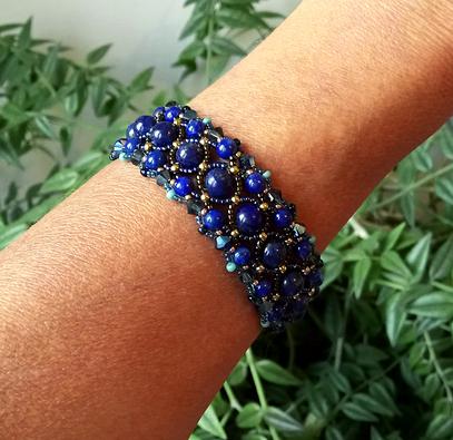 Bracelet tissé Pierre bleue de Lapis-Lazuli naturel et Cristal de Swarovski / métal doré
