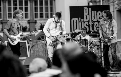 The Blues Mystery - Back To The Dirty Town