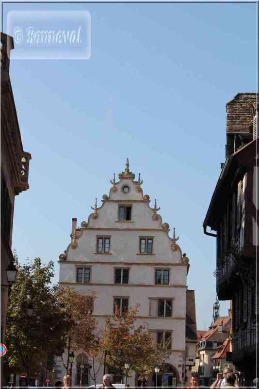 Alsace Haut-Rhin Colmar Maison Kern et son pignon à volutes