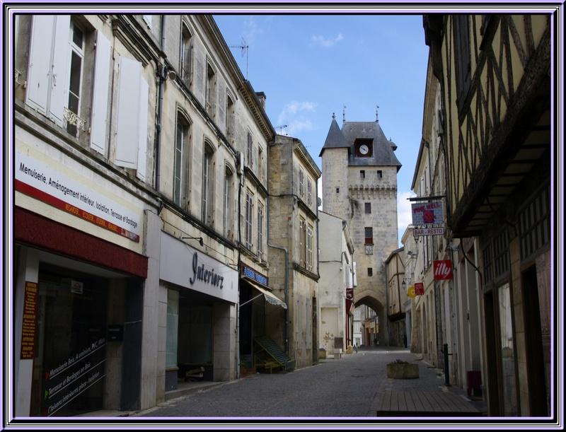 St Jean d'Angély (charente maritime)Bâtie à l'emplacement