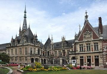 Le Palais Bénédictine ...