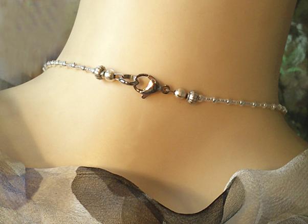 Collier Perles Renaissance Verre nacré blanc crème, Plaqué Argent et Acier
