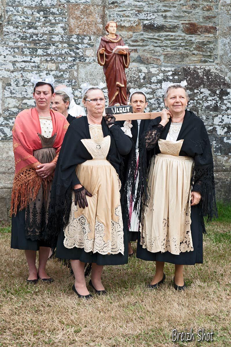 Saint-Ildut bretonnes costumées