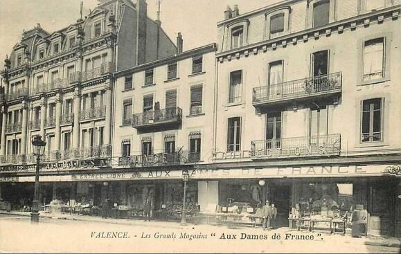 1916 : l'incendie des Nouvelles Galeries de Valence