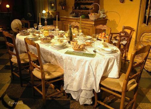 Souvenirs d'enfance : la table de Noël