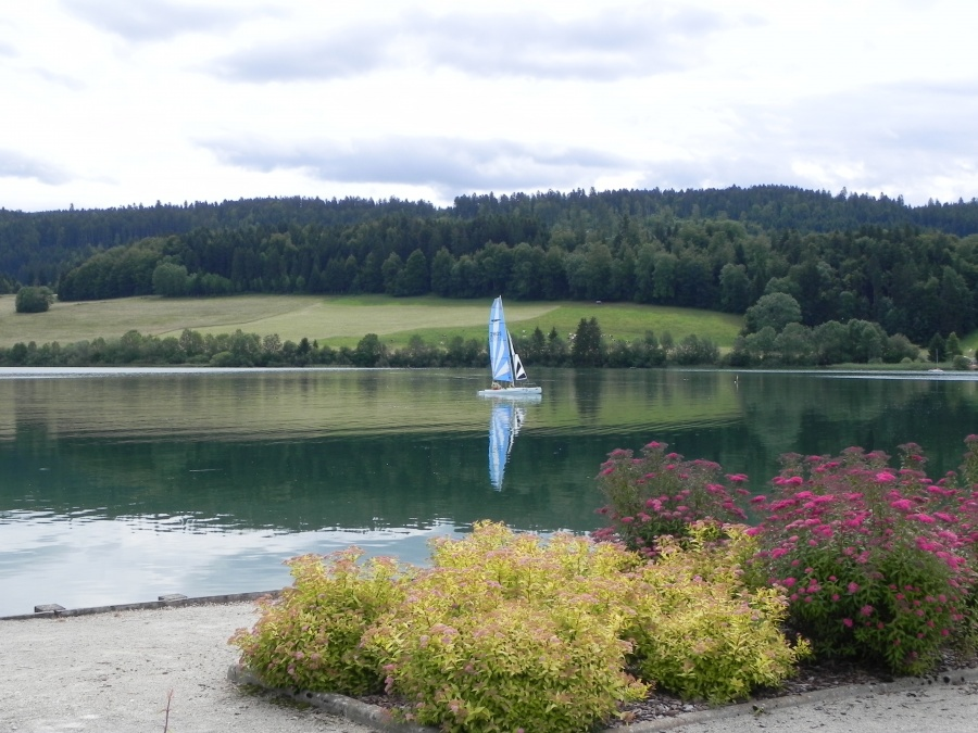 le lac de Saint-Point dans le Doubs