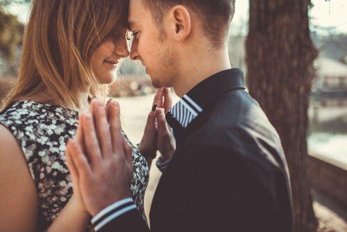 couple-amoureux-500x334