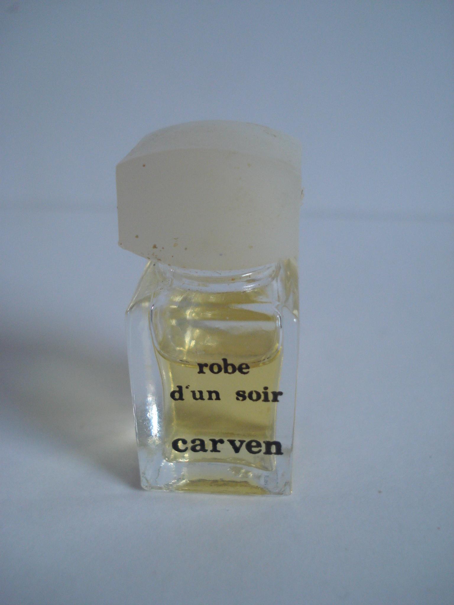 Parfum robe d'un soir de carven