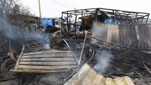 """Le démantèlement de la \\\""""jungle\\\"""" de Calais, confirmé par la justice jeudi dernier, a débuté ce matin"""