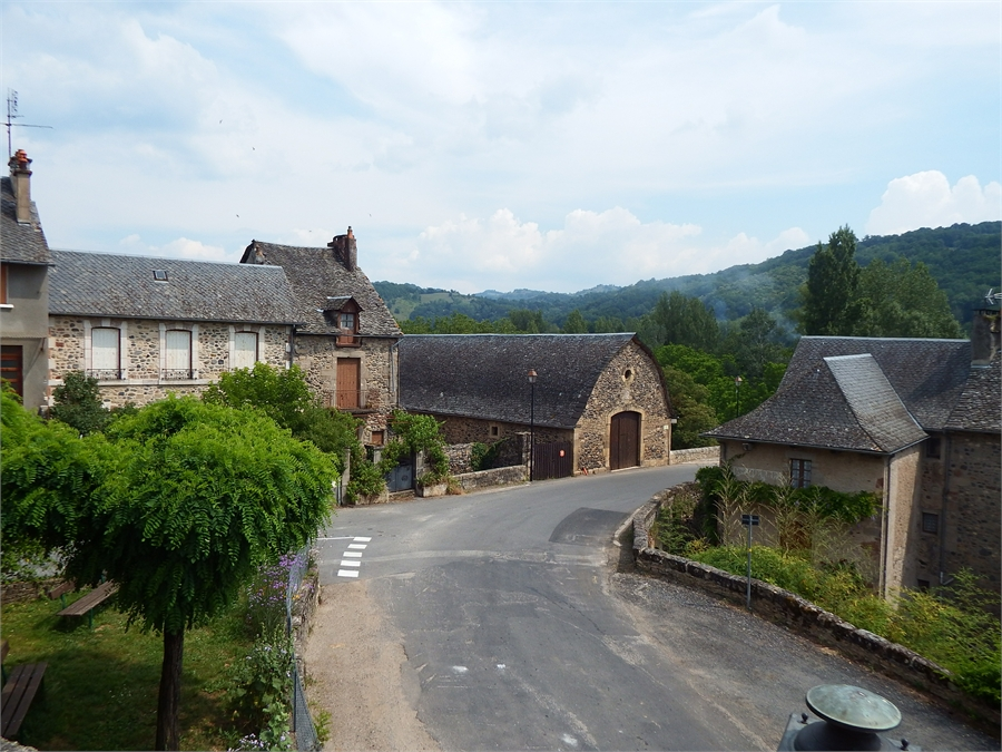 Saint Cômes d'Olt en Aveyron