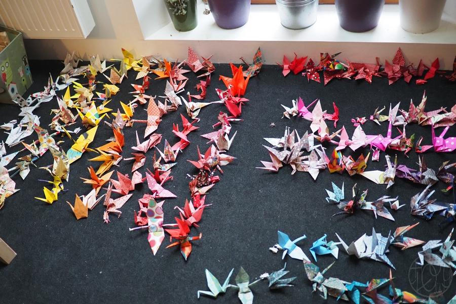 Le mobile origami participatif de bébé renarde