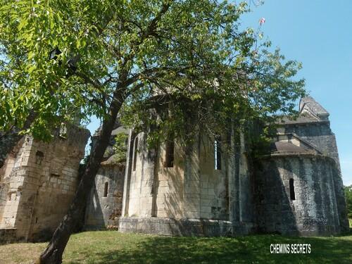 L'abbaye de Boschaud....