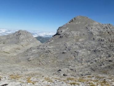 Pic du Soum Couy (2315m) et Pic d'Anie (2504m) vus des crêtes d'Añelarra