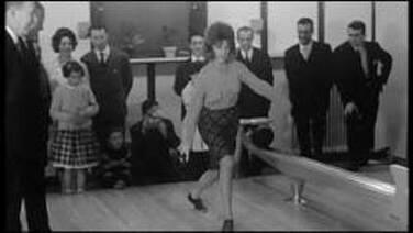 21 décembre 1963 : Sheila marraine d'un bowling...