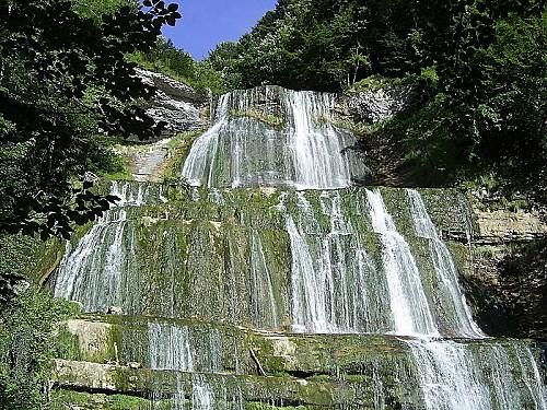 cascades-du-herisson-1