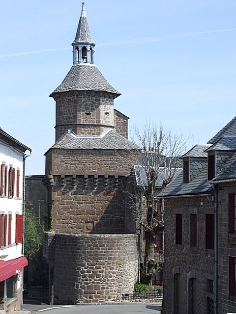 Besse-et-Saint-Anastaise (63)