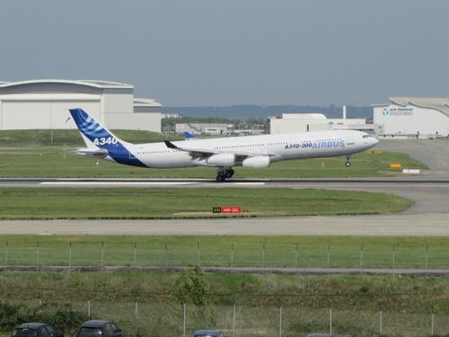 Airbus A 340 et A 330 Prototypes