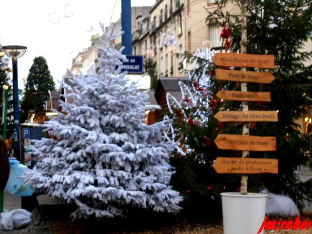 Limoges: une balade au Marché de Noël avant que le ciel s'égoute à nouveau