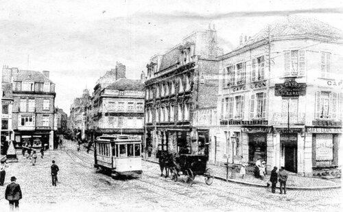 Les fiacres, les taxis du début du XXe siècle