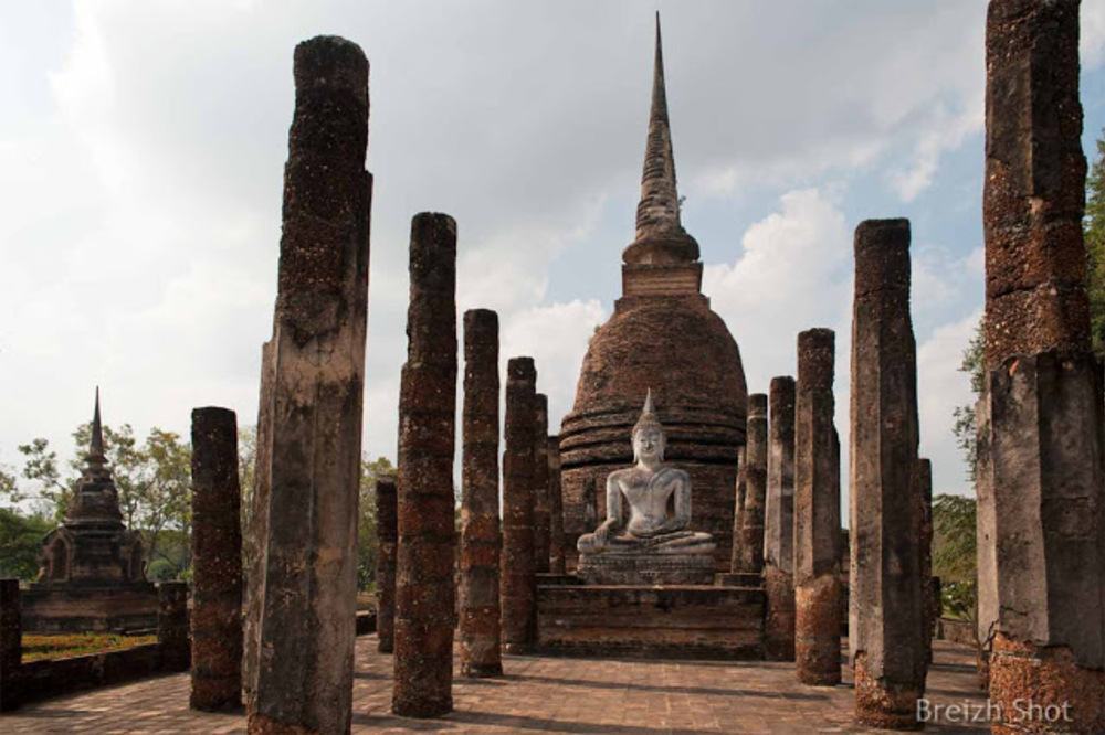 Wat Tra Phang Ngoen, Sukhothai - Le bouddha assis