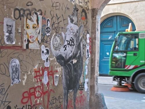 art simplicité street-art sanglier