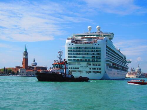 Paquebots: Venise se rebiffe