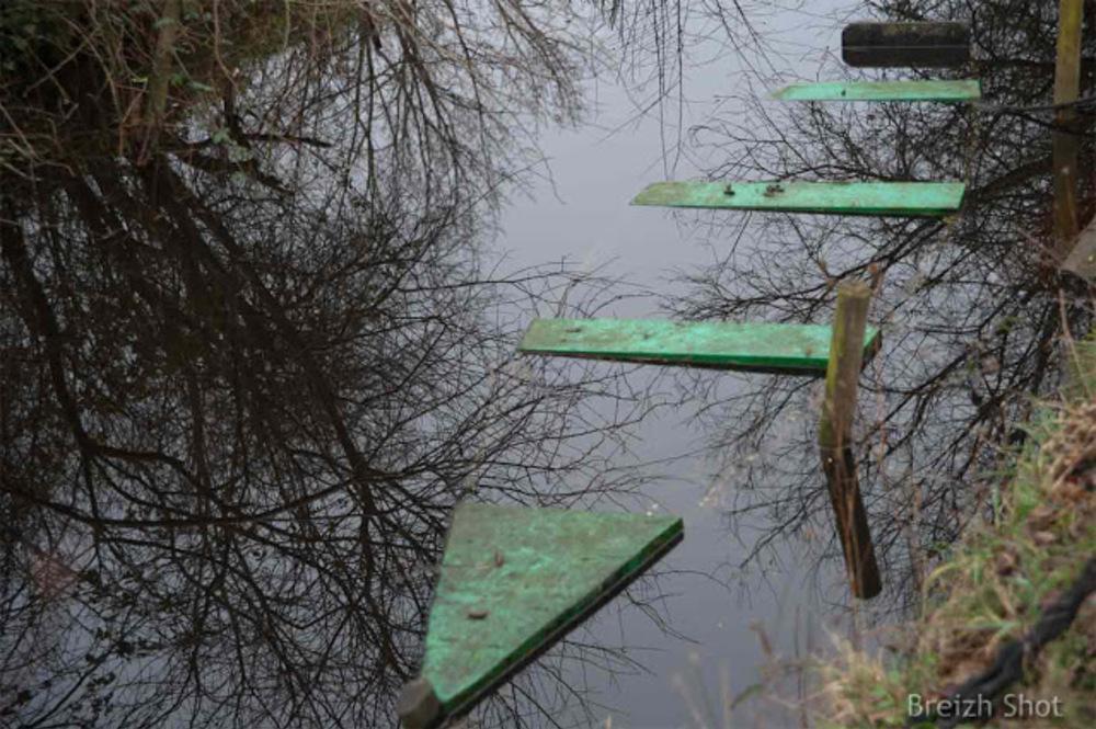 Brière port de Bréca : Jusqu'à se confondre presque totalement avec le marais.