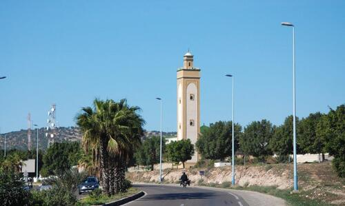 Une mosquée sur la rocade aussi