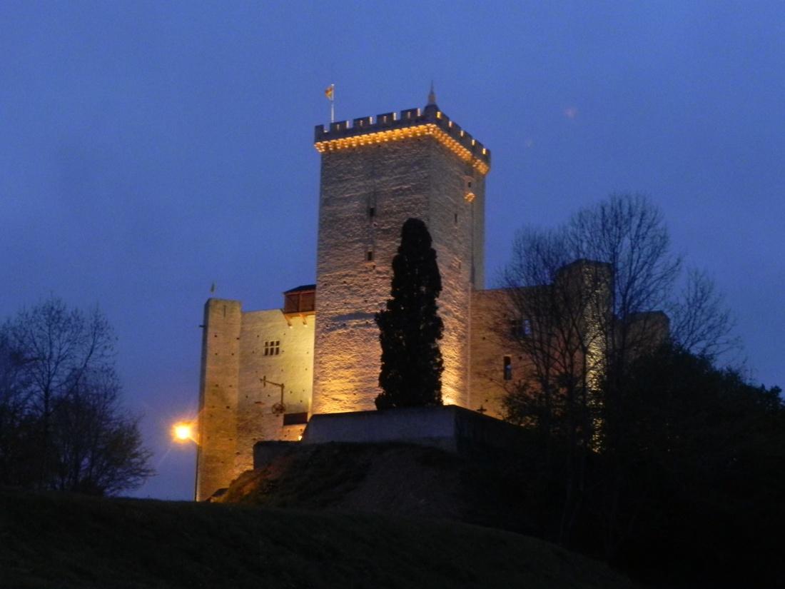 le chateau de Mauvezin