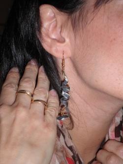 Et voilà des boucles d'oreilles fabriquées lors de l'atelier Liberty ...