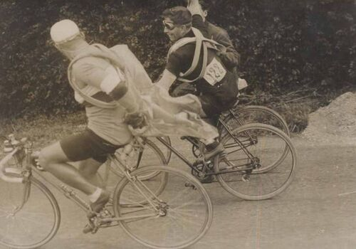 Rare photo d'un dérailleur cyclo en course