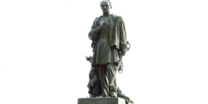 France : doit-on déboulonner les statues  de Bugeaud, « héros » sanguinaire   de la conquête coloniale ?