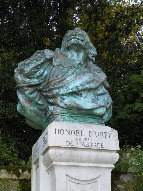 La fontaine d'Honoré d'Urfé