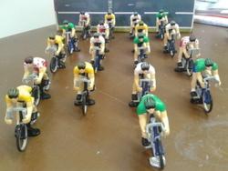 Les cyclistes du Tour de France prêts au départ!