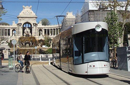 Marseille-tram-Longchamp09.jpg
