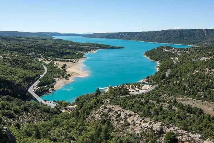 Ces Villages Engloutis Sous L'eau Des Barrages -  Par Marine Guiffray - Du Magazine Détours En France -
