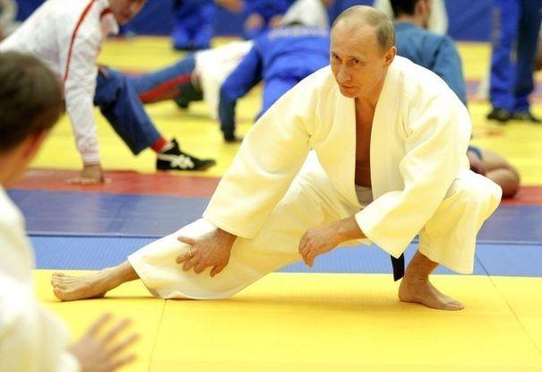 Poutine, grand amateur de sport, boite à un sommet régional