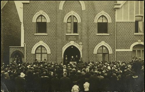 Valenciennes. Temple antoiniste - consécration du 7 août 1932 (patrimoine-numerique.ville-valenciennes.fr)