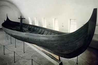 Les navires sépultures ...