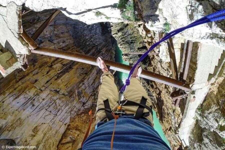 idées de randonnées vertigineuses.. émotions fortes garanties !