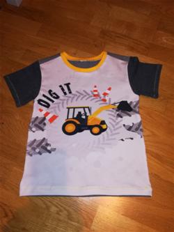 Un tee shirt de garçon