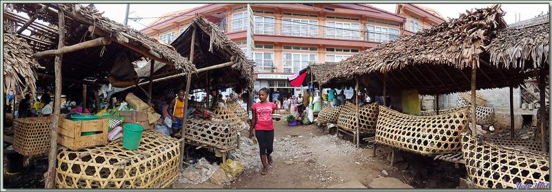 Vers le marché à la volaille - Hellville - Nosy Be - Madagascar