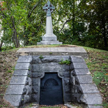 Livre:  Au cimetière avec Kathy Reichs