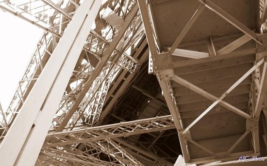 Poutrelles de la tour Eiffel