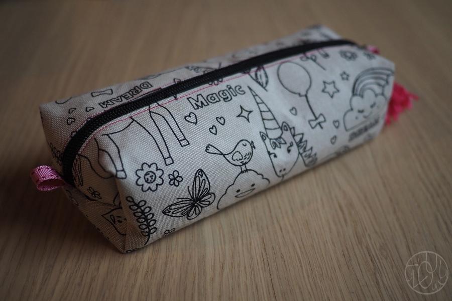 Idée de cadeau pour enfant : une trousse à crayons