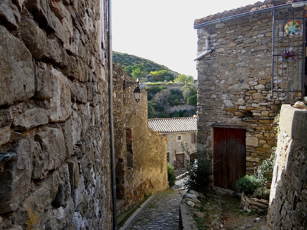 MINERVE   (1)    petit village médiéval ((Hérault)