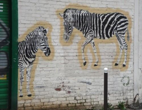 street-art-tag-Mosko-zebres-7.jpg